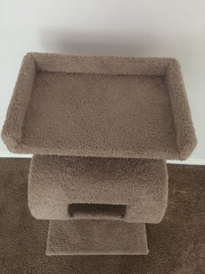 jueapu cat tree for Sale in Pittsburgh, PA