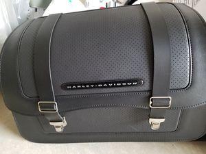 Harley Davidson detachable saddlebags for Sale in Stone Ridge, VA