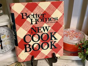 Vintage Better Homes Cookbook 1973 for Sale in North Bend, WA