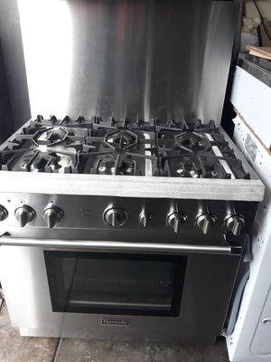 "THERMADOR PROFESSIONAL STOVE 36"" STAINLESS STEEL for Sale in Hayward, CA"