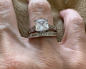 New 2 piece CZ sterling silver wedding ring size 7 for Sale in HOFFMAN EST, IL