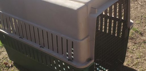 Dog Kennel for Sale in Reedley,  CA