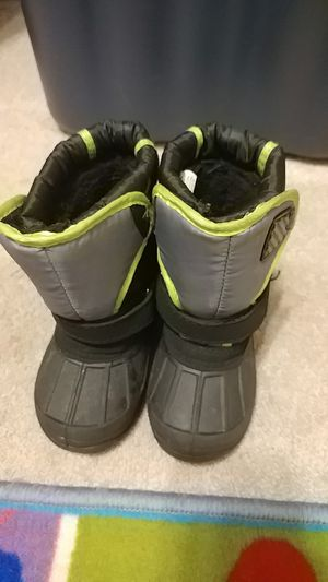 Toddler Snow Boots for Sale in UPR MARLBORO, MD