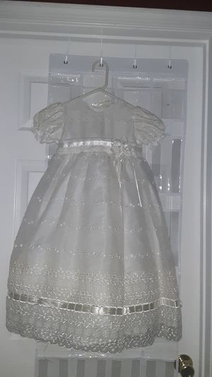 A beautiful dress for Sale in Ashburn, VA