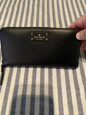 Kate Spade Wallet for Sale in Everett, WA