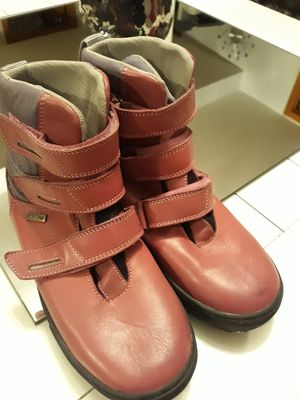 Girls European leather orthopedic boots size 5Y new for Sale in Hickory Hills, IL