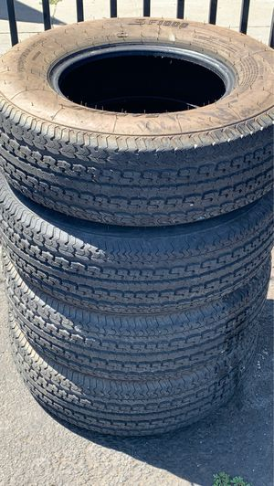 (4) 225-75-15 TRAILER TIRES FOOD CONDITION for Sale in Stockton, CA