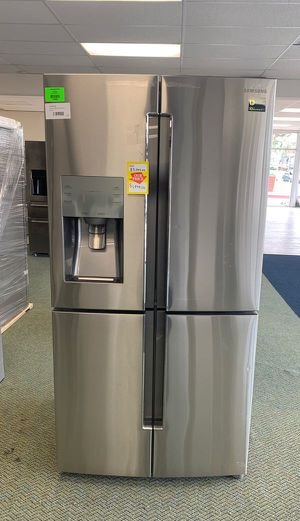 BRAND NEW!! Samsung RF23J9011SR appliance FY 51 for Sale in Los Angeles, CA