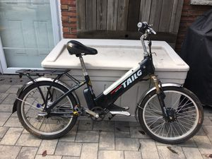 Dongguan TAILG Electric Bicycle (Not working/Sold As Is) for Sale in The Bronx, NY
