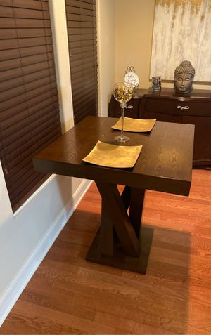 Kitchen table no chairs for Sale in Cedar Hill, TX
