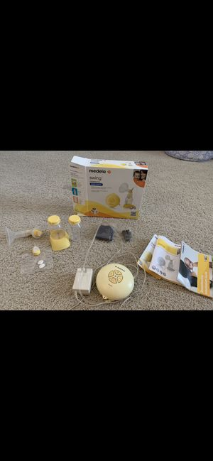 Breast pump and accessories for Sale in Chapin, SC