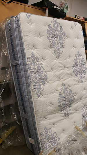 Full mattress and box spring for Sale in Federal Way, WA