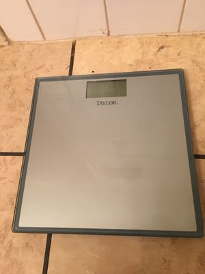 Bathroom scale for Sale in Willoughby, OH