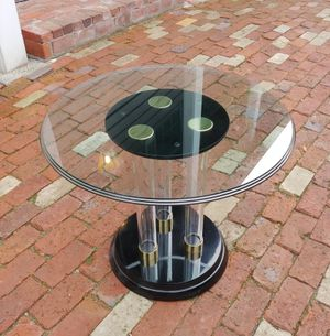 Drexel Profiles Round Glass Top and Lucite Side / End Table for Sale in Seattle, WA