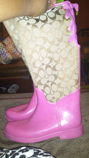 Coach Pink Rain Boots for Sale in Miami Gardens, FL