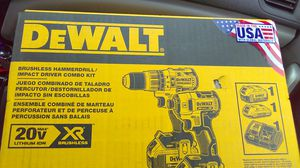 Brushless hammer drill impact driver combo kit DeWalt for Sale in Puyallup, WA