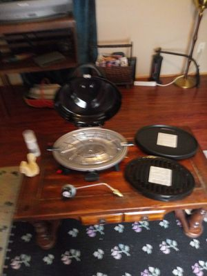 Coleman portable grill&griddle for Sale in Maryville, TN