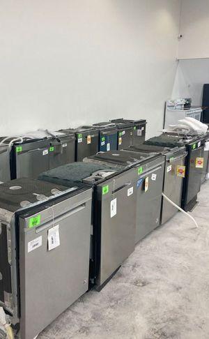 Dishwasher Liquidation Sale Samsung/Whirlpool/LG WVH8W for Sale in Houston, TX