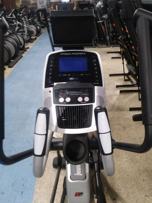 Proform 1120E Elliptical for Sale in Santa Clarita, CA