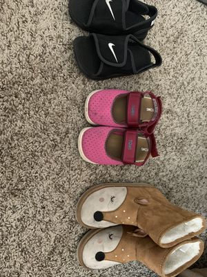 Girls shoes 10 and 11 for Sale in Albuquerque, NM