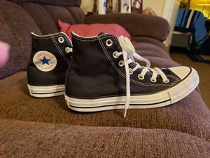 Converse hightops, mens size 5, womens size 7, good condition for Sale in Murfreesboro, TN