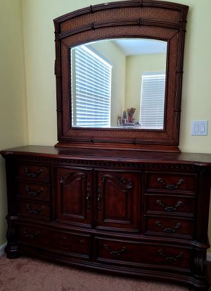 Dresser and mirror for Sale in Palm Bay, FL