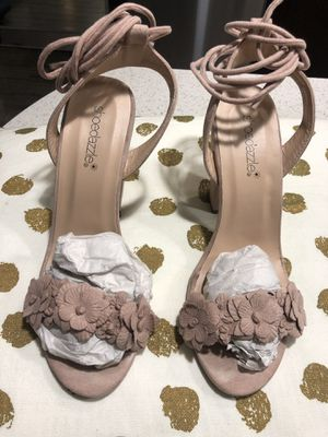 Pink strap around heels for Sale in Miami, FL