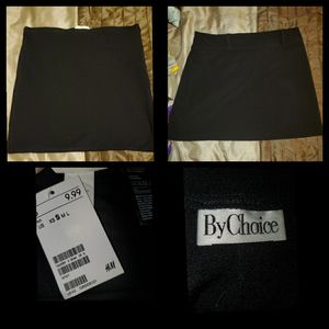 2 skirts for Sale in Waxahachie, TX
