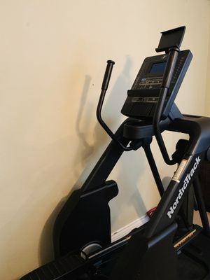 NordicTrack iFit Elliptical for Sale in Whittier, CA