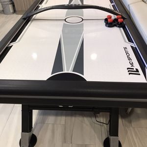 MD Sports Air Hockey Table LIKE NEW for Sale in Spring Valley, CA