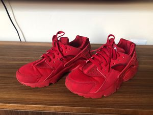 Red Nike Huaraches Women's 7.5 for Sale in Philadelphia, PA