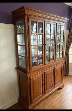 China Cabinet, glass shelves with 2 lights. Bottom storage with wooden shelves. Heavy solid piece, well built. for Sale in Orland Park, IL