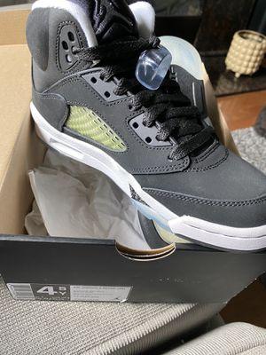 Air Jordan 5 retro (gs) youth for Sale in Dearborn, MI