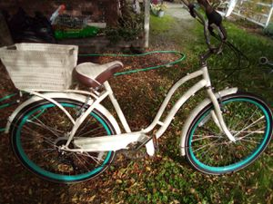 "26"" Schwinn Fairview women's 7 speed cruiser bike for Sale in Seattle, WA"