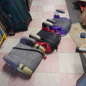 Booster Seat 12 Each for Sale in Philadelphia, PA