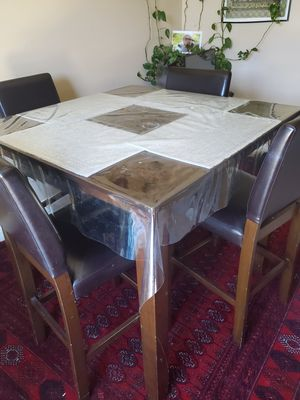 Kitchen Table with 4 chairs for Sale in El Cajon, CA