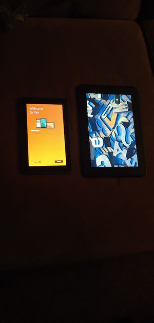 Amazon fire HD new gen and Kindle fire HD booth for the price of one booth do 120 with chargers for Sale in Orlando, FL