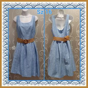 WOMENS BABY BLUE DRESS SIZE 16 for Sale in Ontario, CA