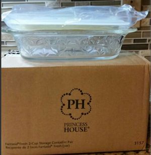 Fantasia 2 cup storage container pair for Sale in Phoenix, AZ