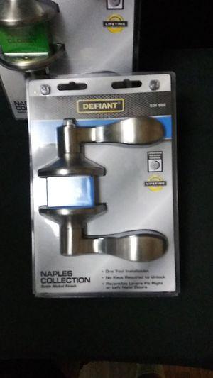 Defiant bed & bath locking door handle for Sale in Renton, WA