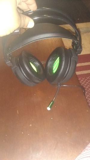Computer headphones for Sale in New Canton, VA