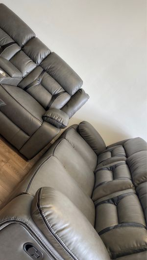 Recliner sofa and loveseat for Sale in Washington, DC