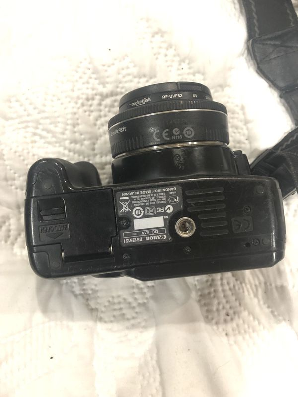 Canon camera everything included charger memory card and lense(2)