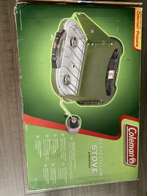 Coleman perfect flow stove + 2 propane tanks and 1 lamp for Sale in Miami, FL