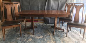 Mid Century Modern Walnut dining table and 4 Chairs for Sale in Las Vegas, NV