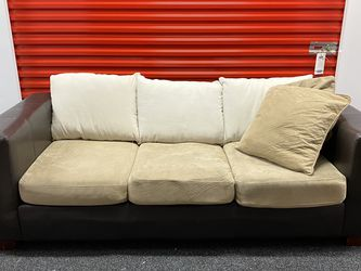 Leather Sofa / Couch for Sale in Miami,  FL