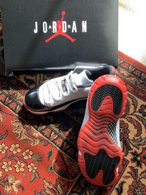 Jordan11 Retro Low (M Size 9) for Sale in Marietta, GA