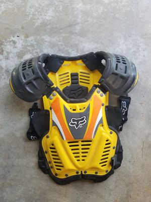 Chest protector for Sale in Saint Charles, MO