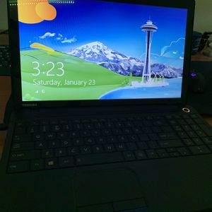 2012 Toshiba Laptop, With Touch Screen for Sale in Tustin, CA