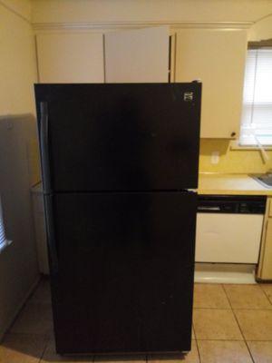 Kenmore fridge for Sale in Detroit, MI